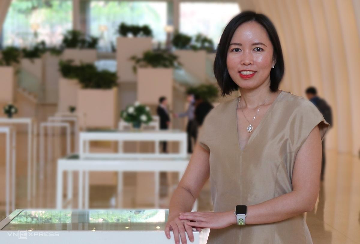 Bà Trần Phương Ngọc Thảo tại phiên họp đại hội đồng cổ đông PNJ sáng 10/6: Ảnh: PT.