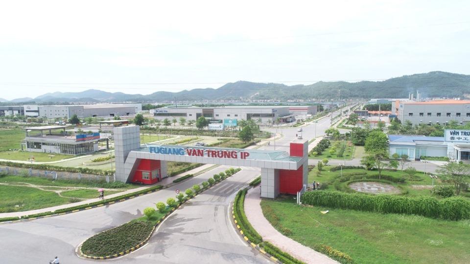 Với gần 1.500 ha khu công nghiệp, Bắc Giang thu hút nhiều nhà đầu tư.
