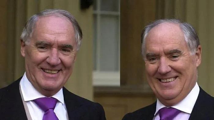 ÔngDavid Barclay (bên trái) và ôngFrederickBarclay. Ảnh: PA