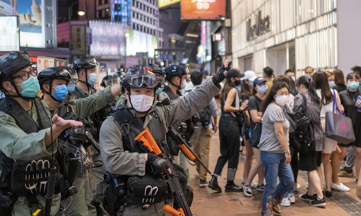 Một cuộc biểu tình đầu tháng này tại Hong Kong. Ảnh: Bloomberg