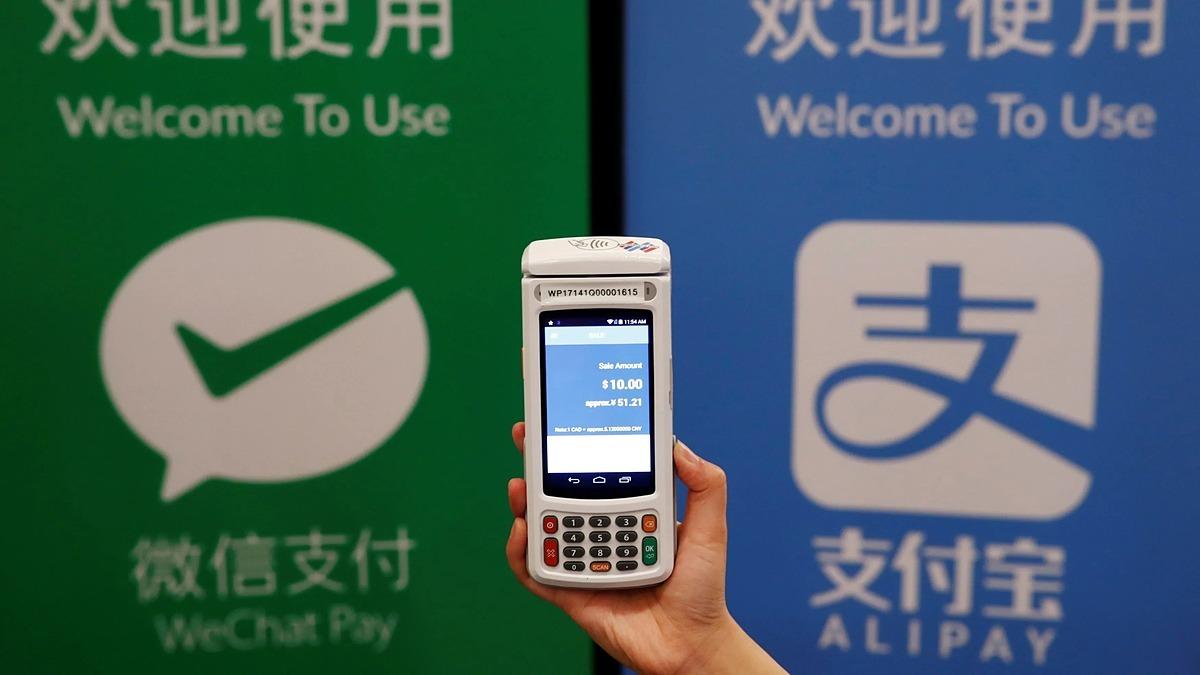 Dịch vụ WeChat Pay của Tencent và Alipay của Alibab chỉ hiện diện trực tiếp tại ít nước Đông Nam Á. Ảnh: Reuters