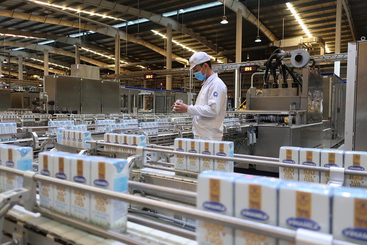 Hệ thống trang trại chuẩn quốc tế và nhà máy công nghệ hiện đại góp phần giúp Vinamilk thực hiện mục tiêu tăng thị phần.
