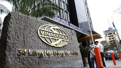 Trụ sở Vinaconex trên đường Láng Hạ (Hà Nội).