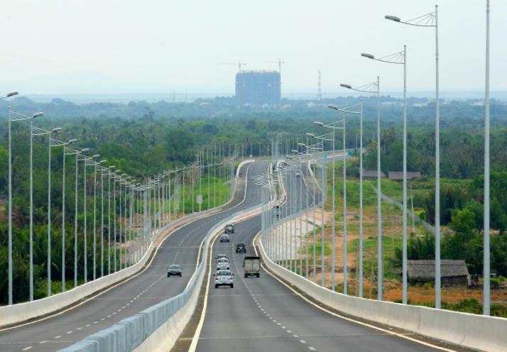 Cao tốc TP HCM - Long Thành - Dầu Giây thúc đẩy kết nối giao thông, kinh tế các tỉnh miền Tây, Đông Nam Bộ, TP HCM và Tây Nguyên.