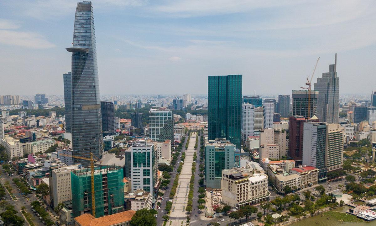 Các cao ốc văn phòng khu trung tâm TP HCM. Ảnh: Trần Quỳnh