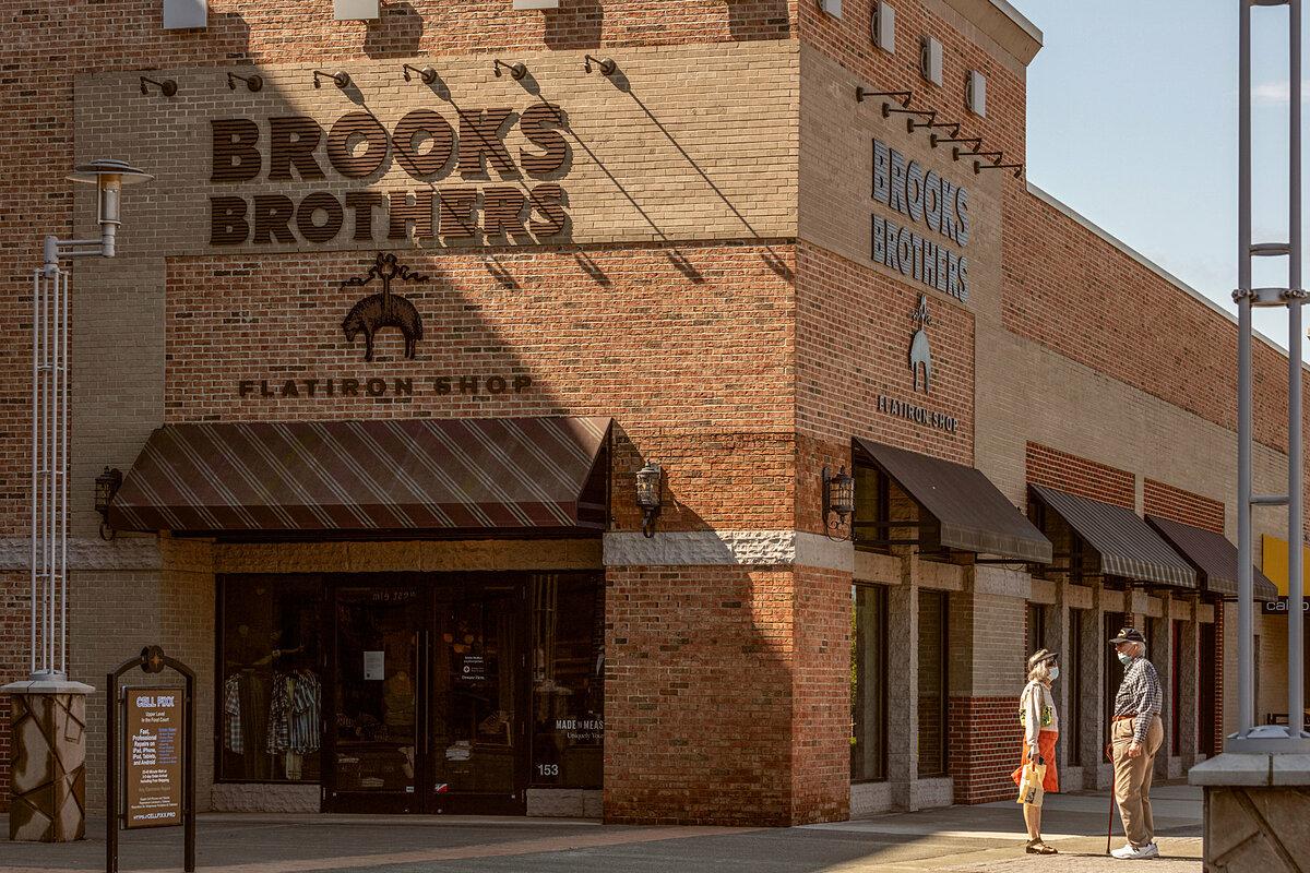 Một cửa hàng của Brooks Brothers tại Mỹ. Ảnh: NYT