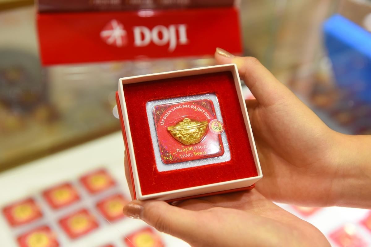Vàng được trưng bày tại cửa hàng DOJI. Ảnh: DOJI.