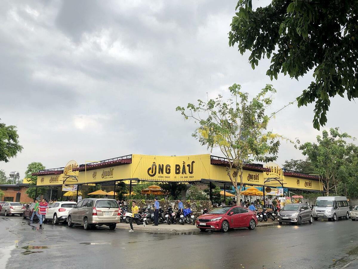 Một quán cà phê Ông Bầu khai trương đầu tháng 5 tại Bình Dương.