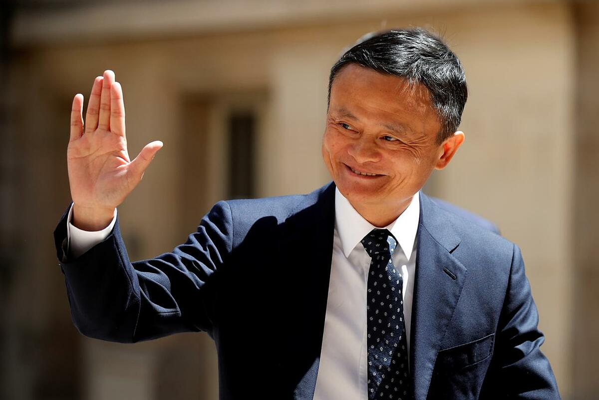 Đồng sáng lập Alibaba Jack Ma trong một sự kiện tại Pháp năm ngoái. Ảnh: Reuters