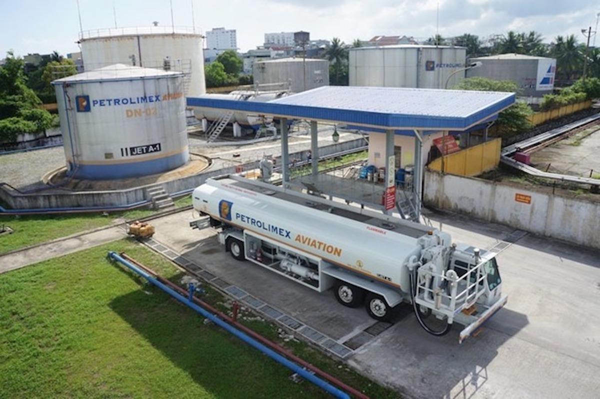 Kho xăng nhiên liệu bay của Petrolimex, chi nhánh Đà Nẵng. Ảnh: PLX