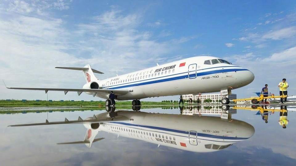 Một chiếc ARJ21 do Comac đóng chi Air China. Ảnh: Comac