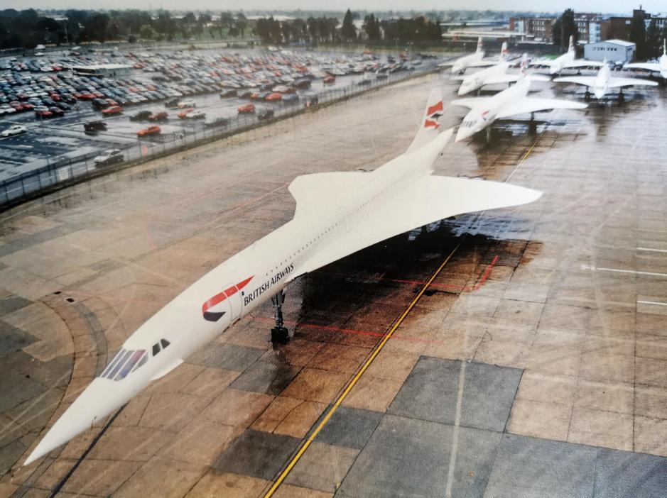Trong năm máy bay thừa, hai chiếc được phân bổ về British Airways. Air France nhận ba chiếc.