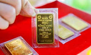 Có nên vay tiền mua vàng lúc này?