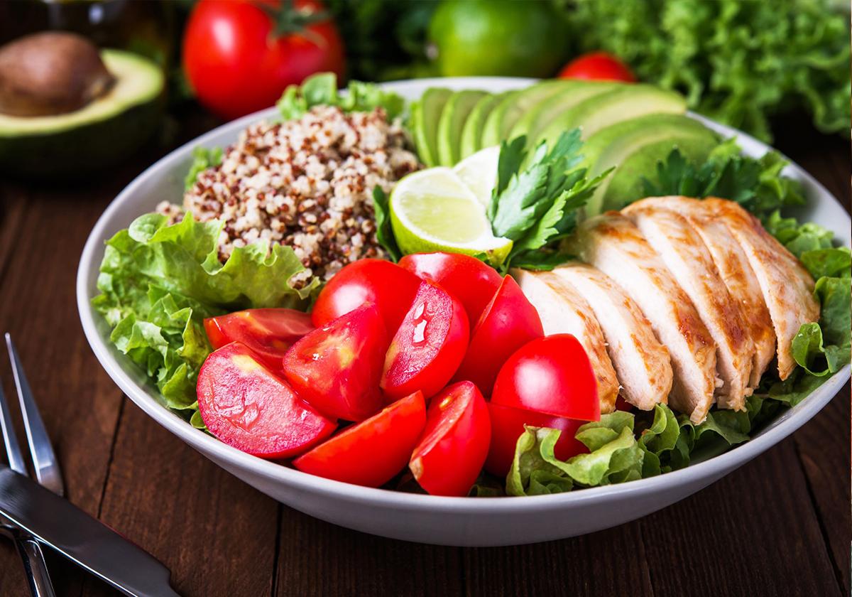 Người muốn giảm cân cần có chế độ ăn uống khoa học để sút ký mà vẫn khỏe. Ảnh: Shutterstock.