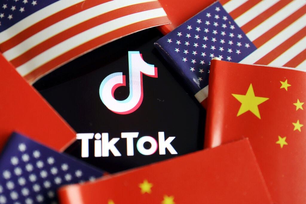 Ứng dụng video ngắn TikTok đang là tâm điểm trong căng thẳng Mỹ - Trung. Ảnh: Reuters