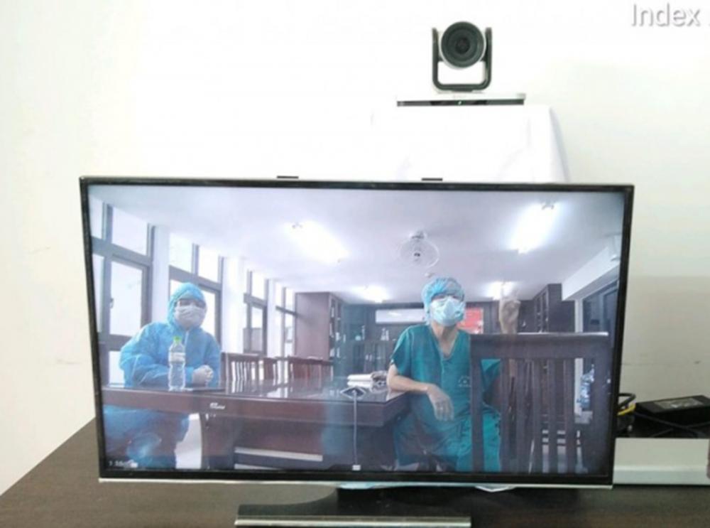 Phòng họp trực tuyến tại bệnh viên dã chiến ở Đà Nắng.