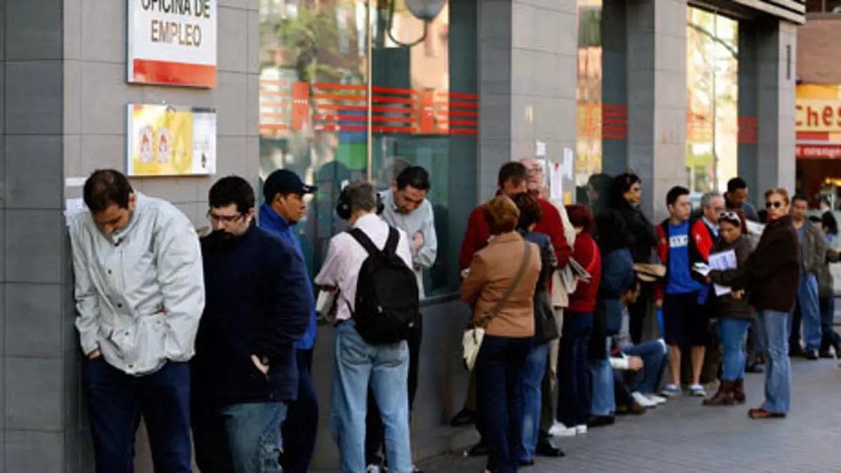 Lao động châu Âu đang được chính phủ hỗ trợ rất nhiều trong đại dịch. Ảnh: Reuters