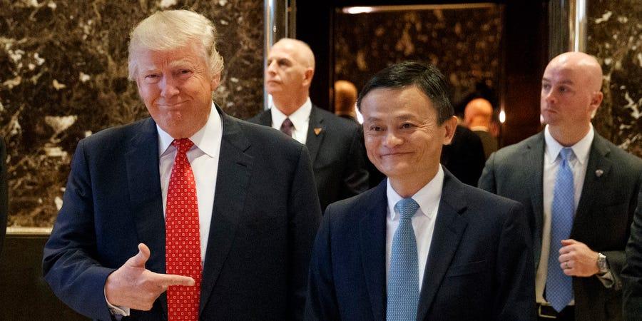 Tổng thống Mỹ Donald Trump và đồng sáng lập Alibaba Jack Ma. Ảnh: AP