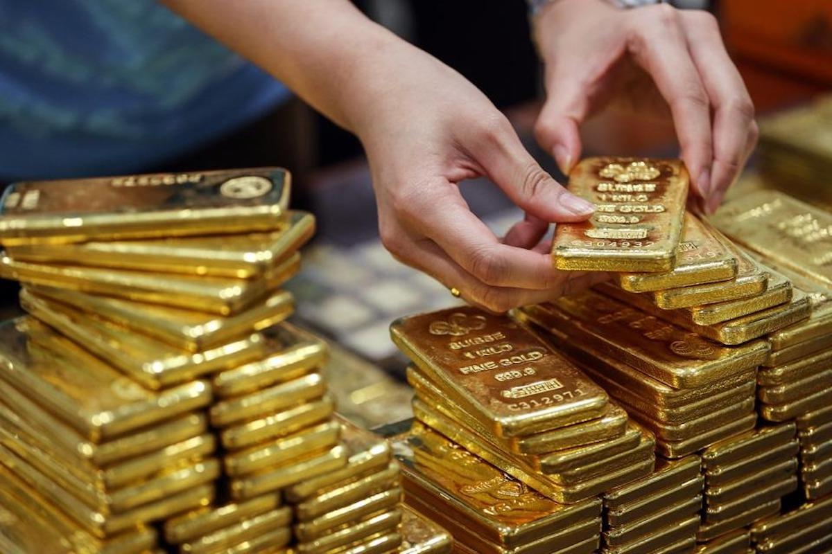 Giới chuyên gia kỳ vọng giá vàng thế giới sẽ hồi phục lại đà tăng vào tuần tới. Ảnh: Forbes