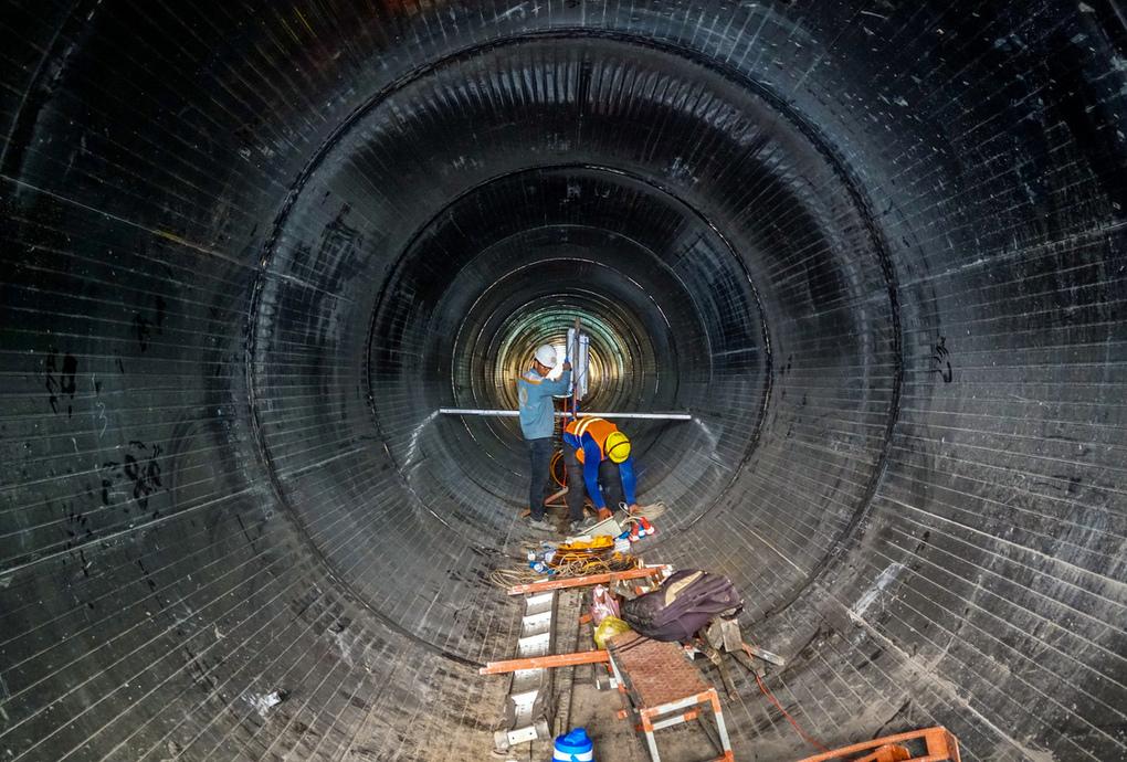 Thi công đường ống ở Dự án vệ sinh môi trường TP HCM giai đoạn 2 mục đích chuyển nước thải từ lưu vực kênh Nhiêu Lộc - Thị Nghè về nhà máy xử lý, chụp tháng 4/2019. Ảnh:Quỳnh Trần