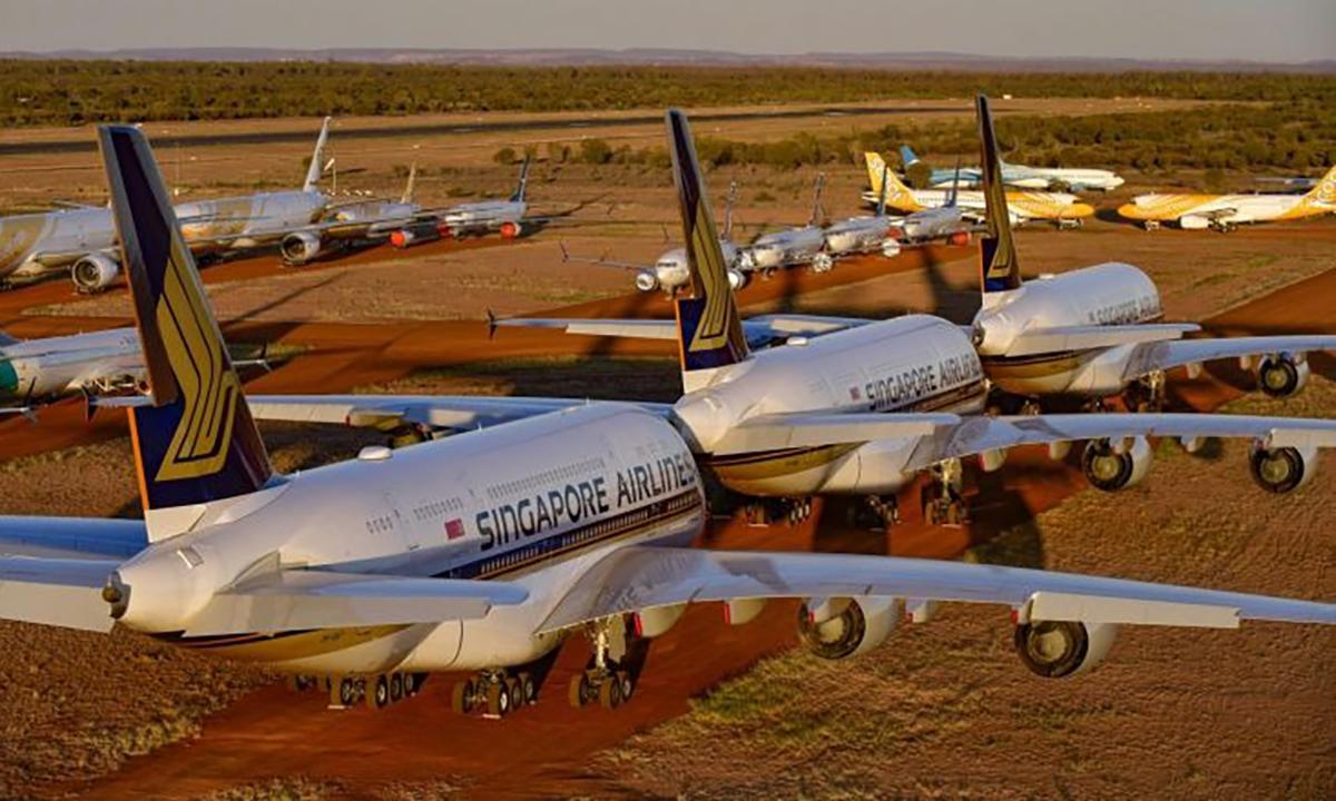 Máy bay của Singapore Airlines đắp chiếu tại Alice Springs, Australia. Ảnh: ST