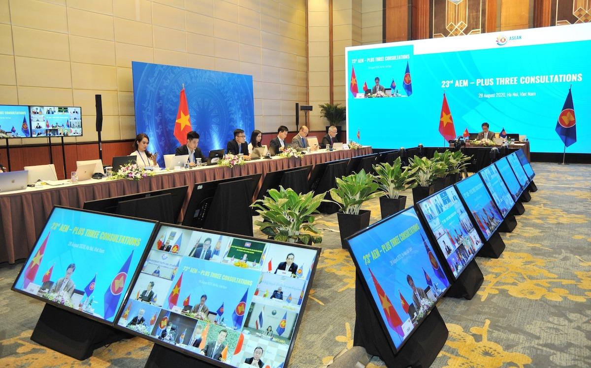 Hội nghị tham vấn trực tuyến ASEAN và 3 nước đối tác Trung Quốc, Nhật Bản và Hàn Quốc, ngày 28/8. Ảnh: Vụ Chính sách đa biên.