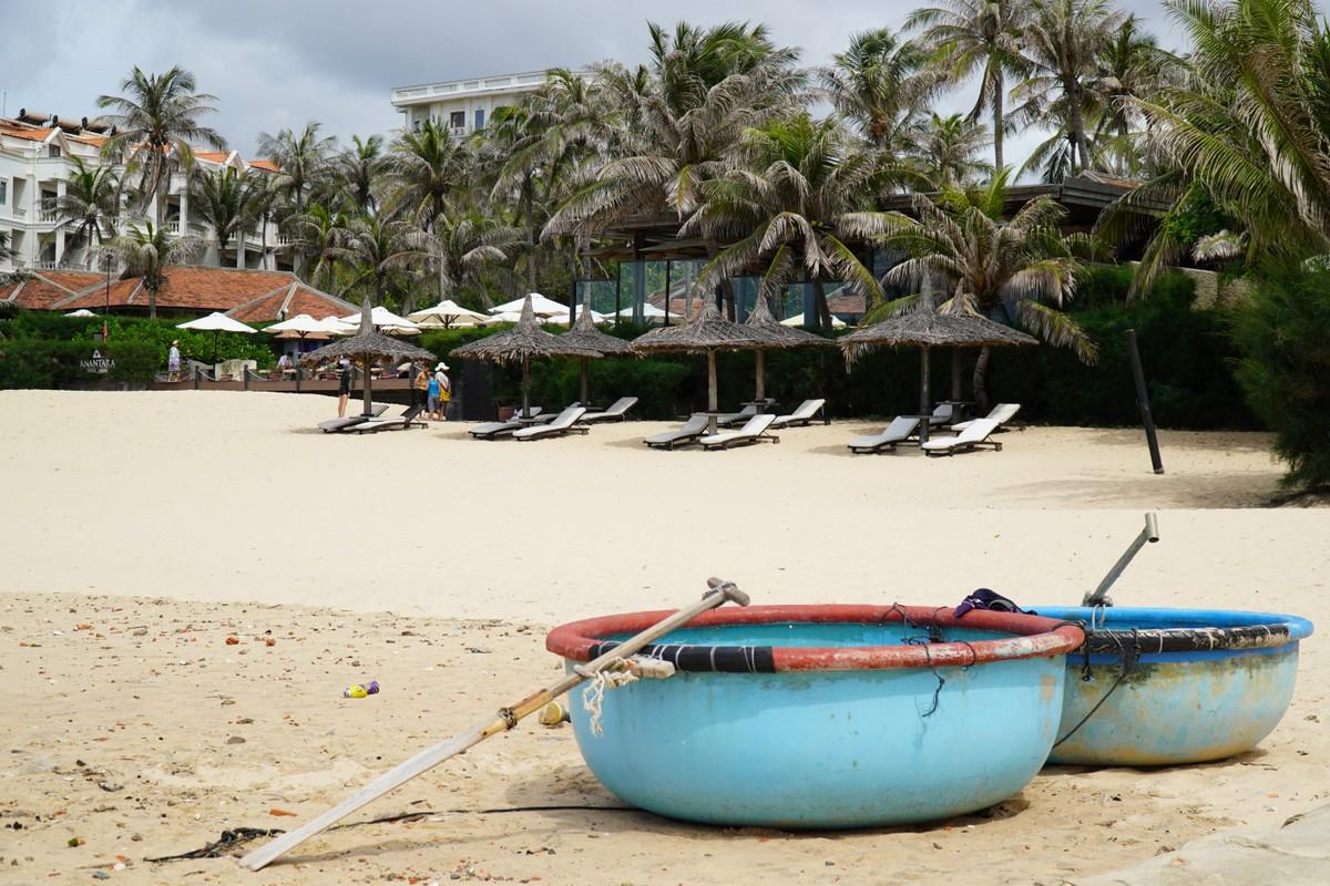 Một khu du lịch nghỉ dưỡng ở Mũi Né vắng khách cuối tuần trong đợt Covid-19 mới. Ảnh: Nguyễn Nam.