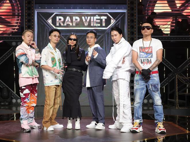 Rap Việt - một trong những chương trình truyền hình đang phát sóng trên VieON.