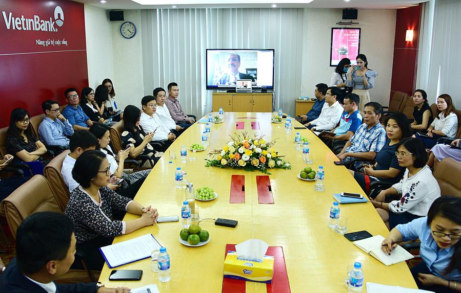 Toàn cảnh lễ ký giữa VietinBank và American Express tại điểm cầu Hà Nội hôm 28/8.
