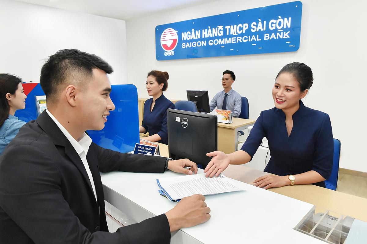 Khách hàng xem thông tin chi tiết tại website, liên hệ hotline 19006538 hoặc đến điểm giao dịch SCB gần nhất để được tư vấn.