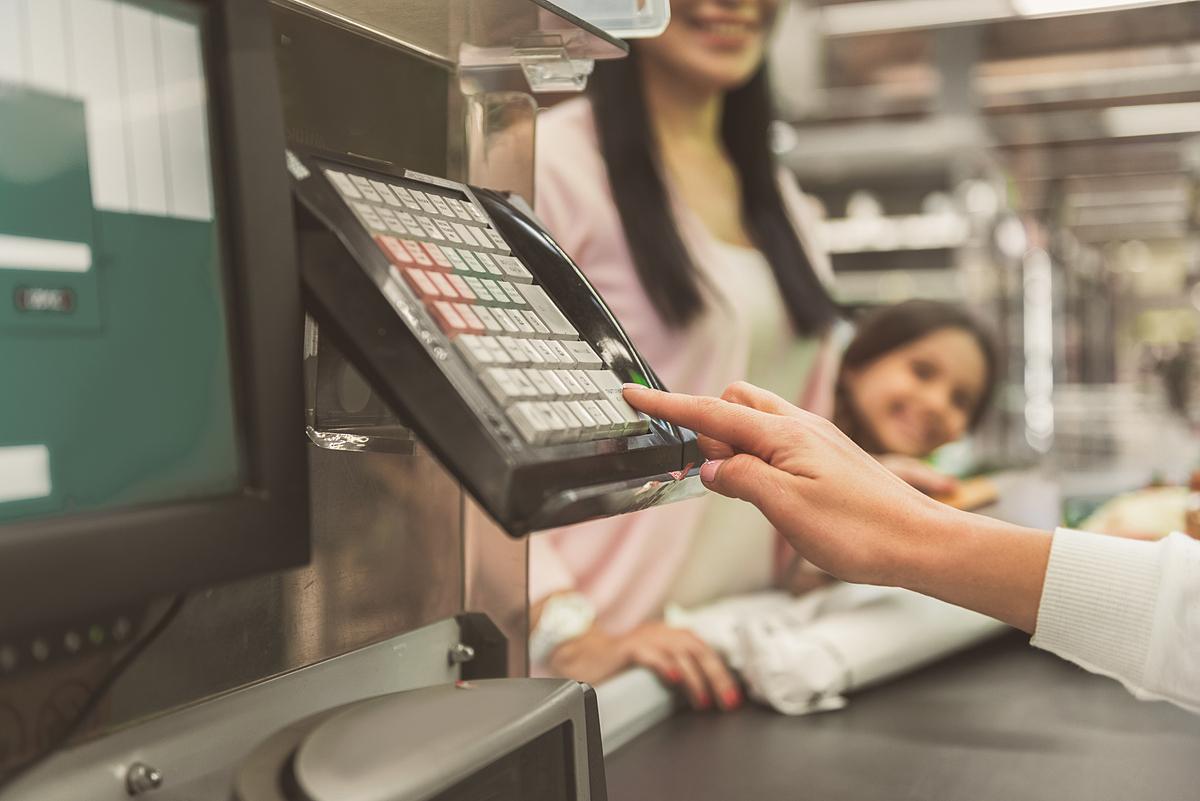 Để biết thêm thông tin, khách hàng liên hệ ngân hàng Bản Việt theo hotline 1900555596, email vccb247@vietcapitalbank.com.vn hoặc liên hệ Payoo theo hotline 1900545478, email support@payoo.com.vn