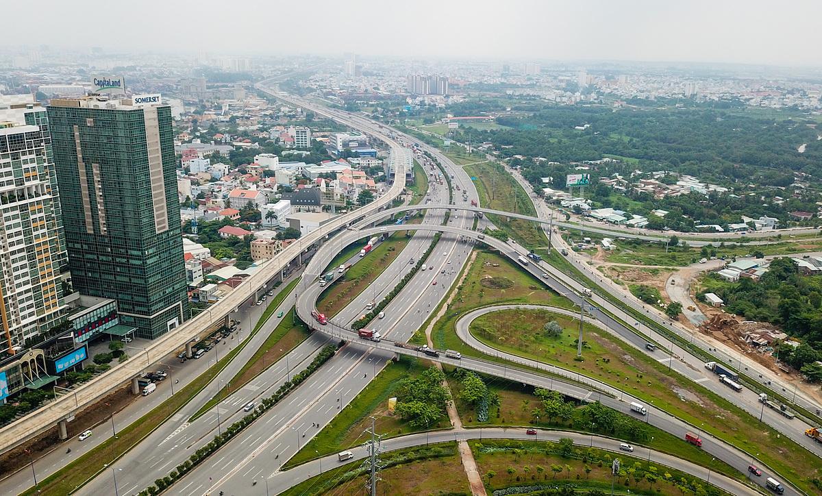 Bất động sản khu Đông Sài Gòn đón lực cầu lớn từ giới chuyên gia, trí thức, lao động chất lượng sinh sống, làm việc tại đây. Ảnh: Quỳnh Trần.