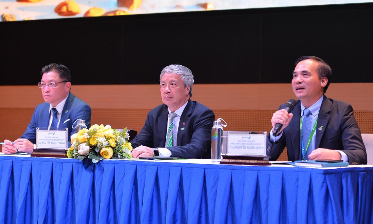 Ba Phó tổng giám đốc của Bamboo Airways chia sẻ về kế hoạch bay Côn Đảo chiều 9/9. Ảnh: BAV.