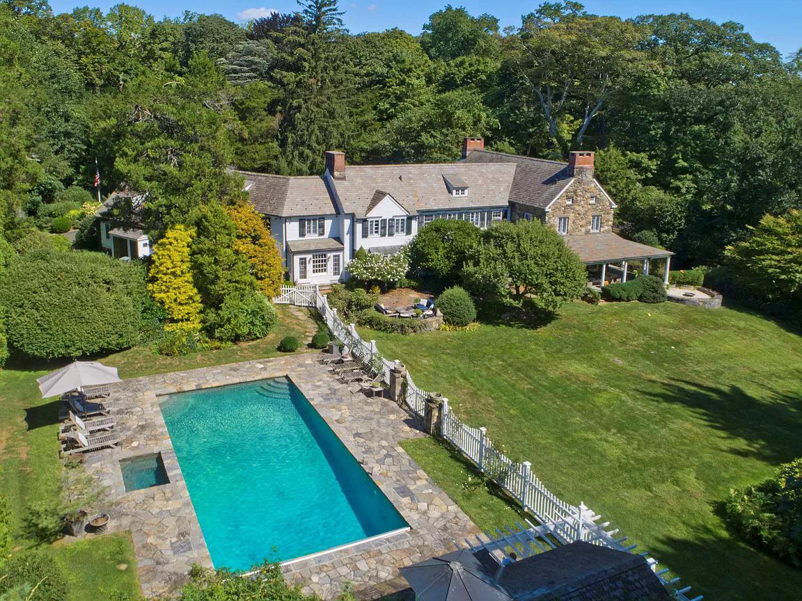 Một dinh thự được rao bán 3 triệu USD trong khu The Golden Triangle (Mỹ). Ảnh: zillow.com.