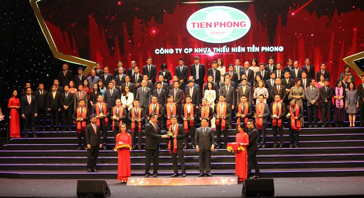 Doanh nghiệp nhận danh hiệu Sao vàng Đất Việt năm 2018.