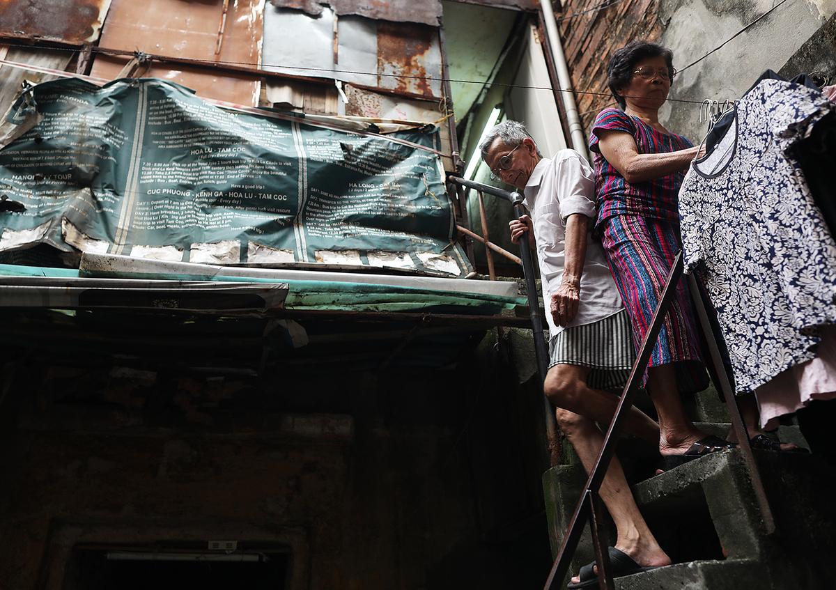 Chất lượng cuộc sống sụt giảm nhanh chóng đã khiến nhiều người dân phố cổ tìm kiếm nơi ở mới.