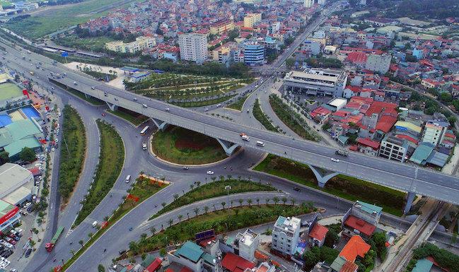 Nút giao Long Biên - Nguyễn Văn Cừ. Ảnh: Giang Huy.