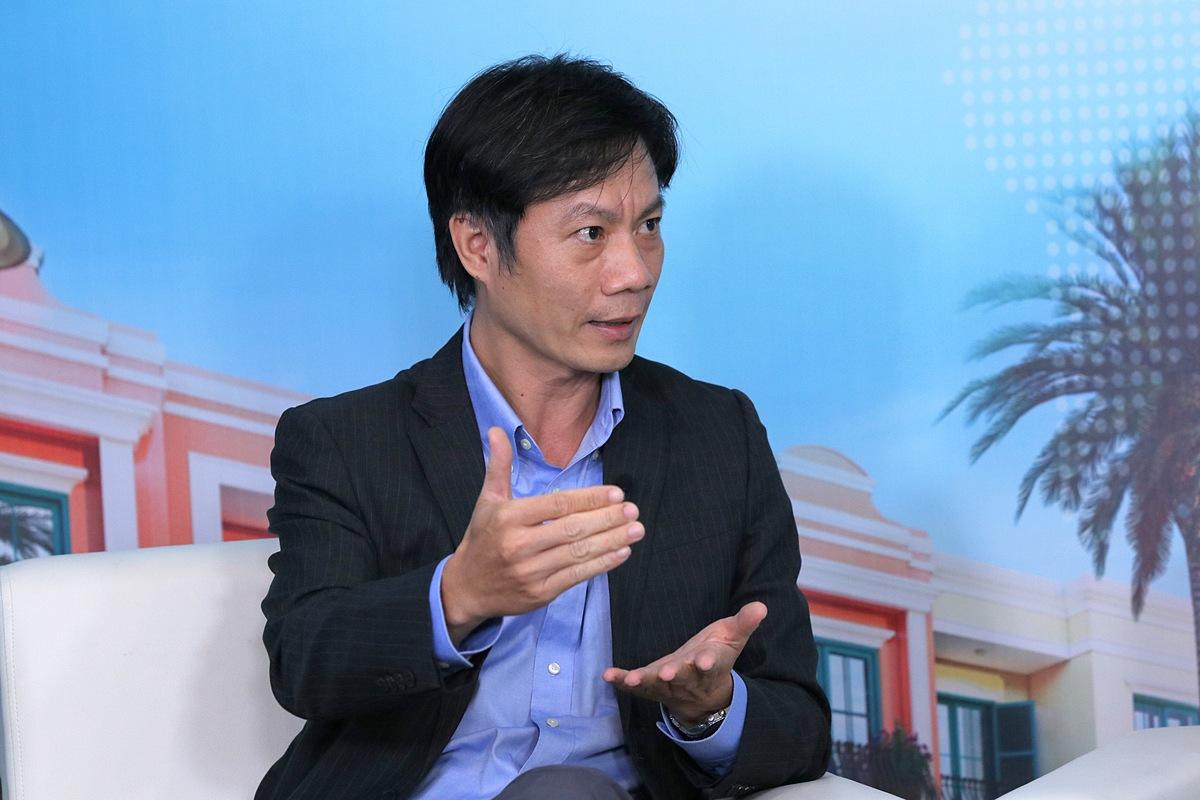Ông Lê Duy Bình - Giám đốc điều hành Economica Vietnam khẳng định các địa phương duyên hải miền Trung và phía Nam giàu tiềm năng phát triển du lịch với trợ lực từ hạ tầng. Ảnh: Ngọc Thành.