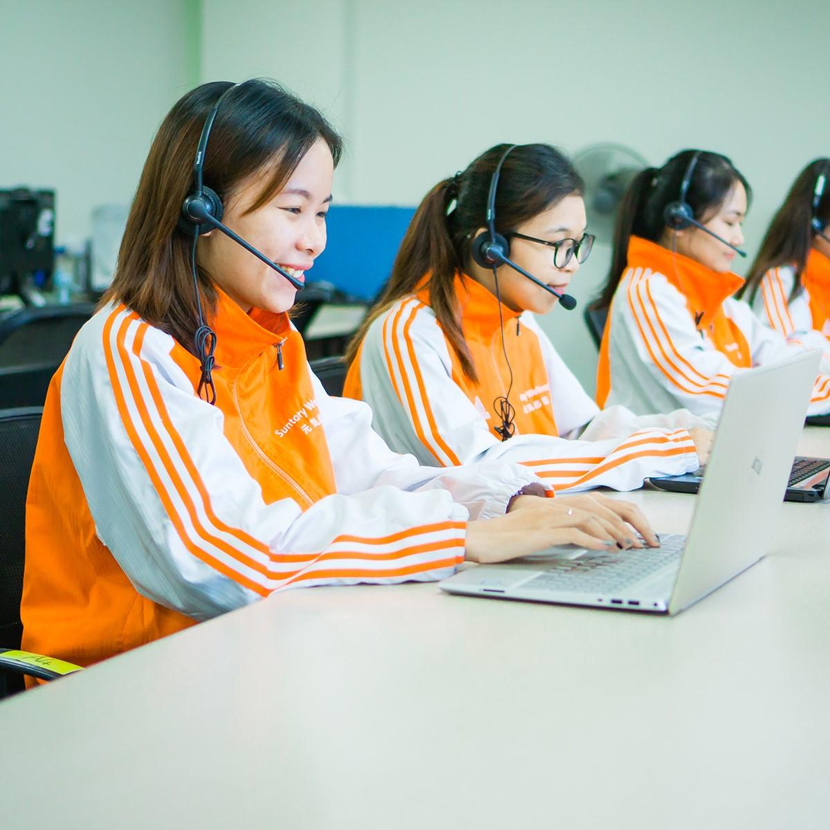 Suntory Wellness phát triển đội ngũ chăm sóc khách hàng đồng hành cùng khách hàng trong mọi tình huống.