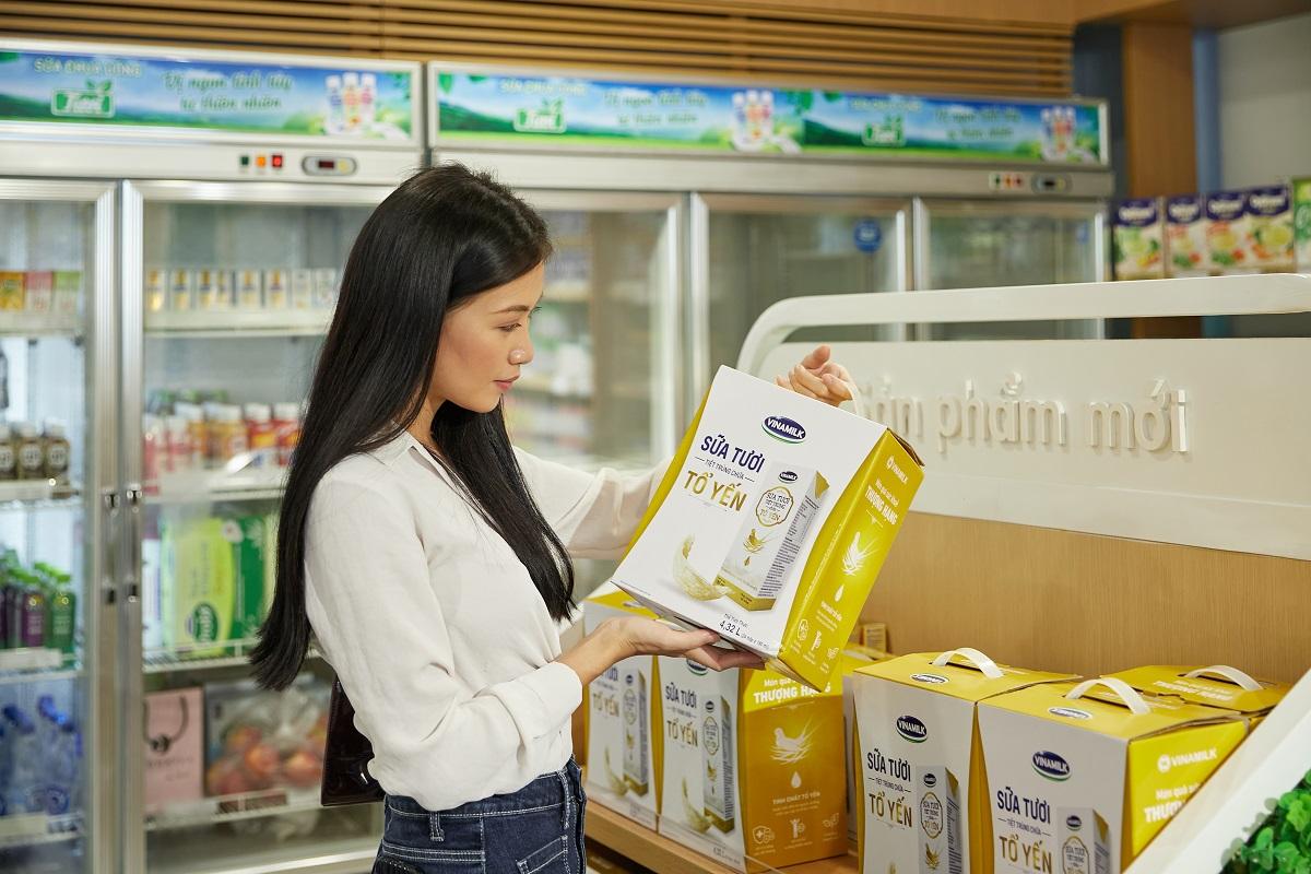 Sữa tươi tiệt trùng chứa tổ yến đánh dấu bước đột phá mới trong chiến lược sản phẩm của Vinamilk. Ảnh: Vinamilk.