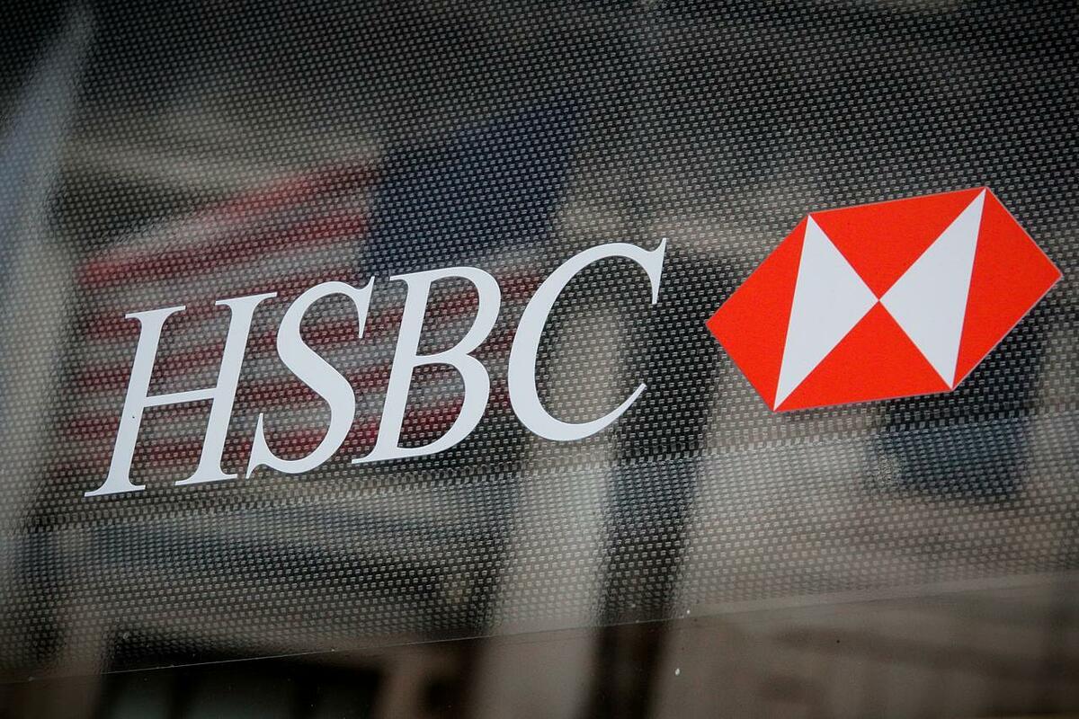 Logo của HSBC tại một chi nhánh ở New York (Mỹ). Ảnh: Reuters