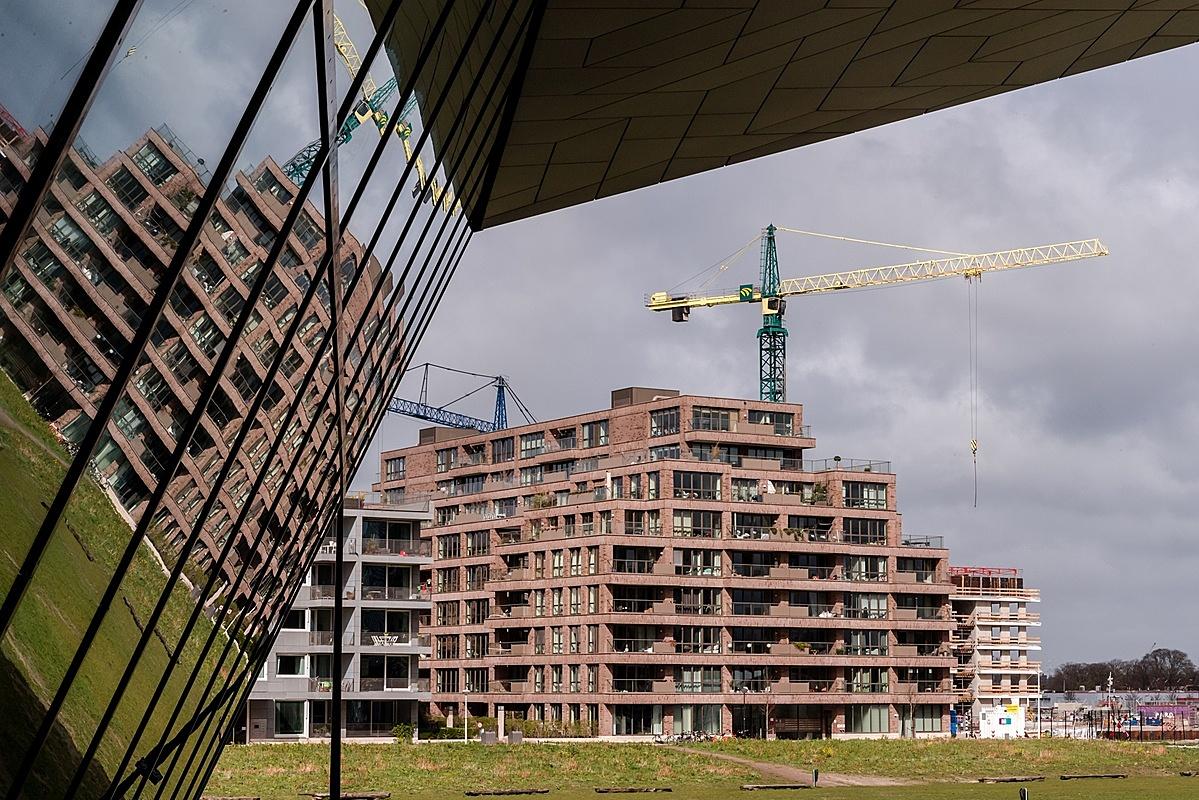 Một khu nhà ở mới ở Amsterdam, Hà Lan. Ảnh: Bloomberg.
