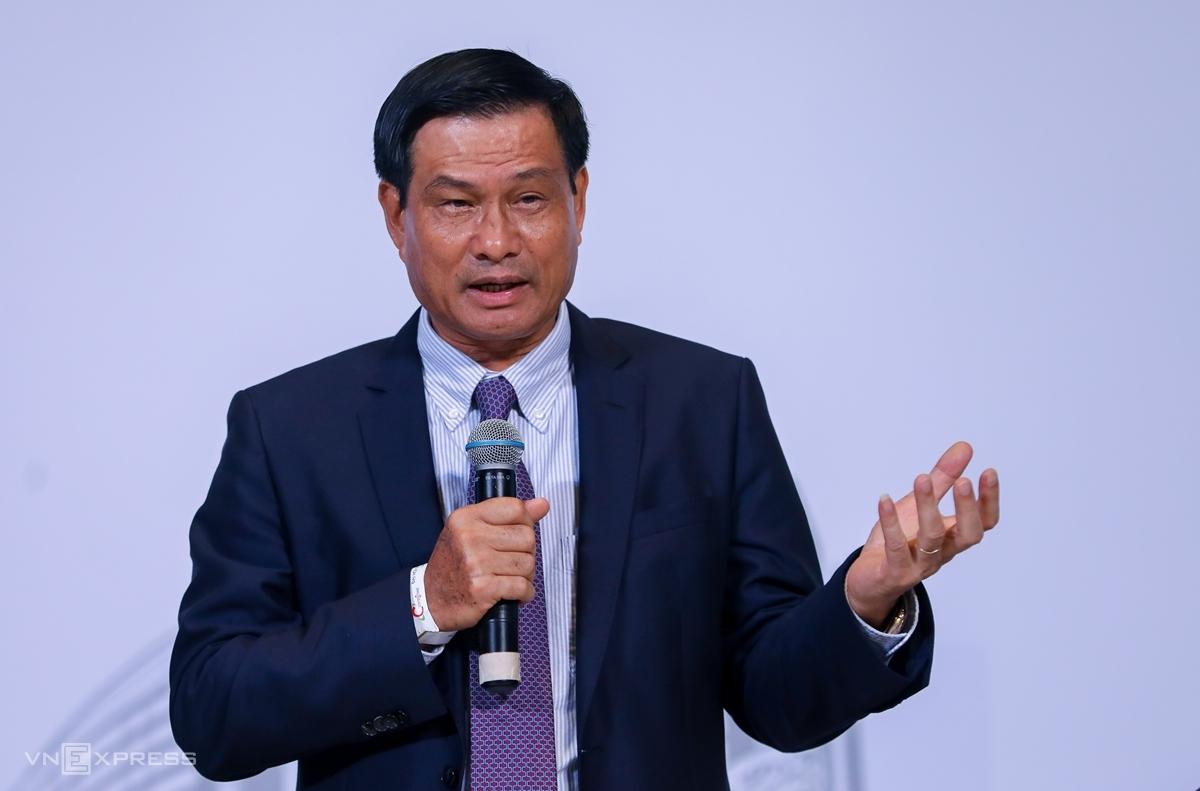 Ông Nguyễn Bá Dương tại phiên họp thường niên 2020. Ảnh: Quỳnh Trần.