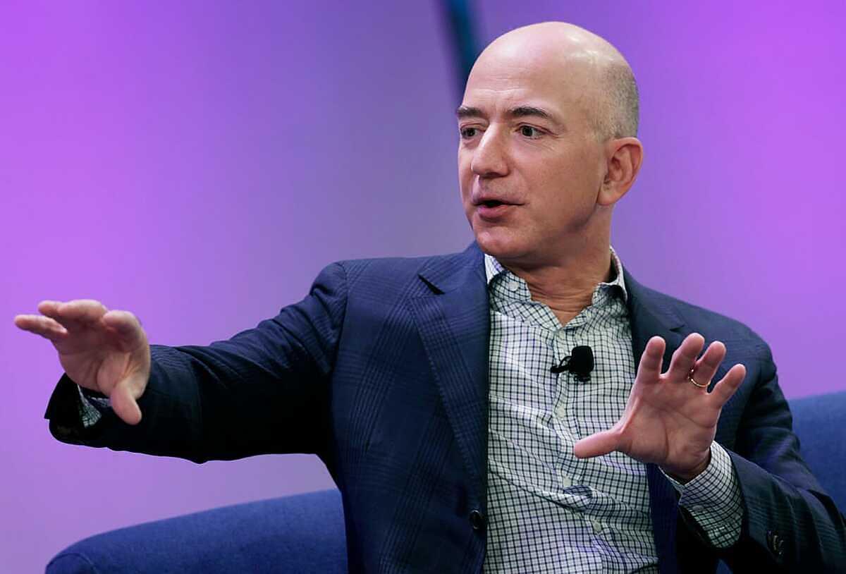 Jeff Bezos. Ảnh: Bloomberg.