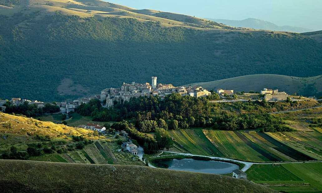 Ngôi làng Italy trả tiền cho người đến ở