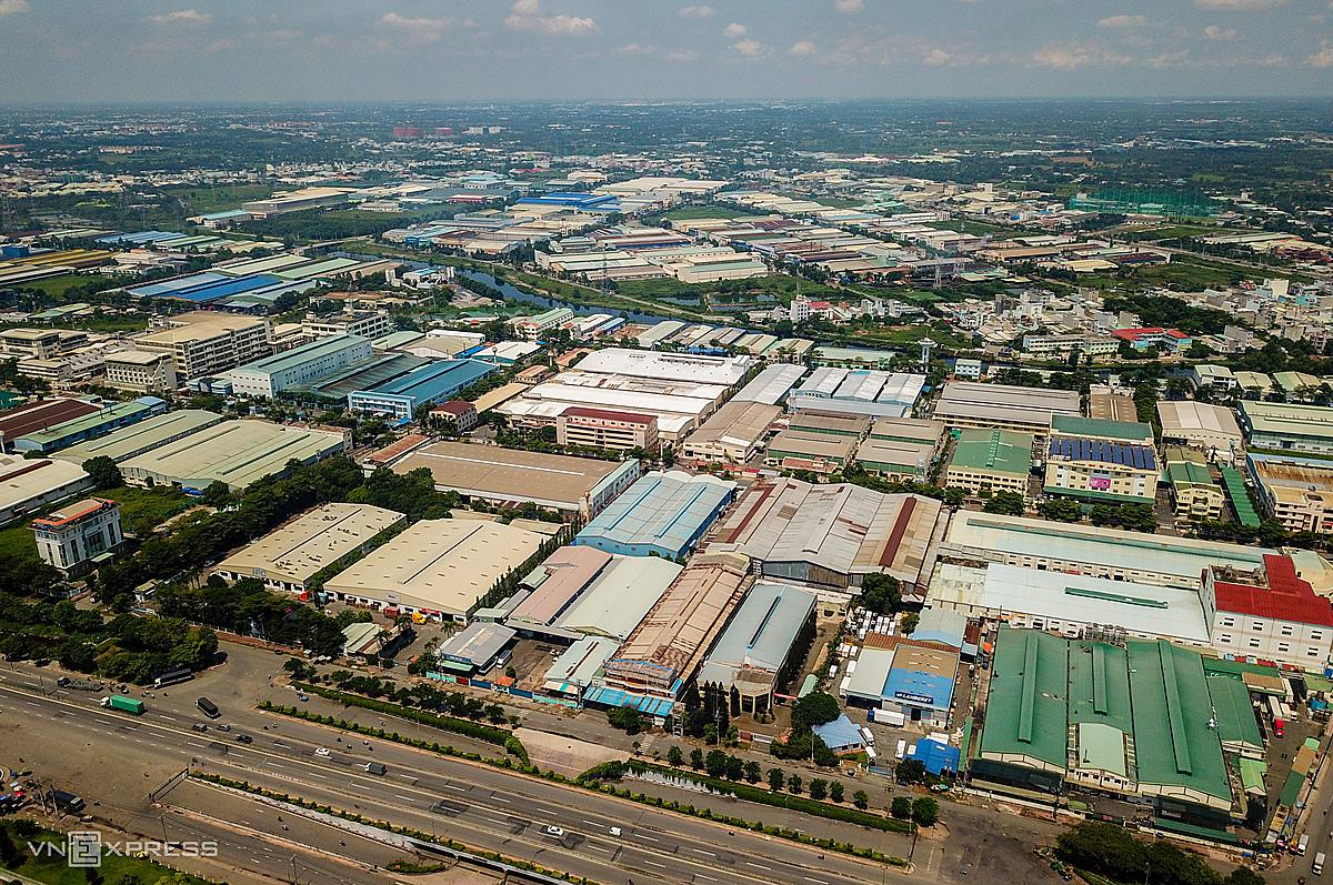 Khu công nghiệp Tân Tạo (TP HCM) nhìn từ trên cao. Ảnh: Quỳnh Trần.