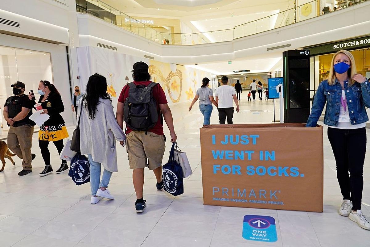 Trung tâm thương mại American Dream tại East Rutherford, New Jersey hôm 27/10. Ảnh: AP.