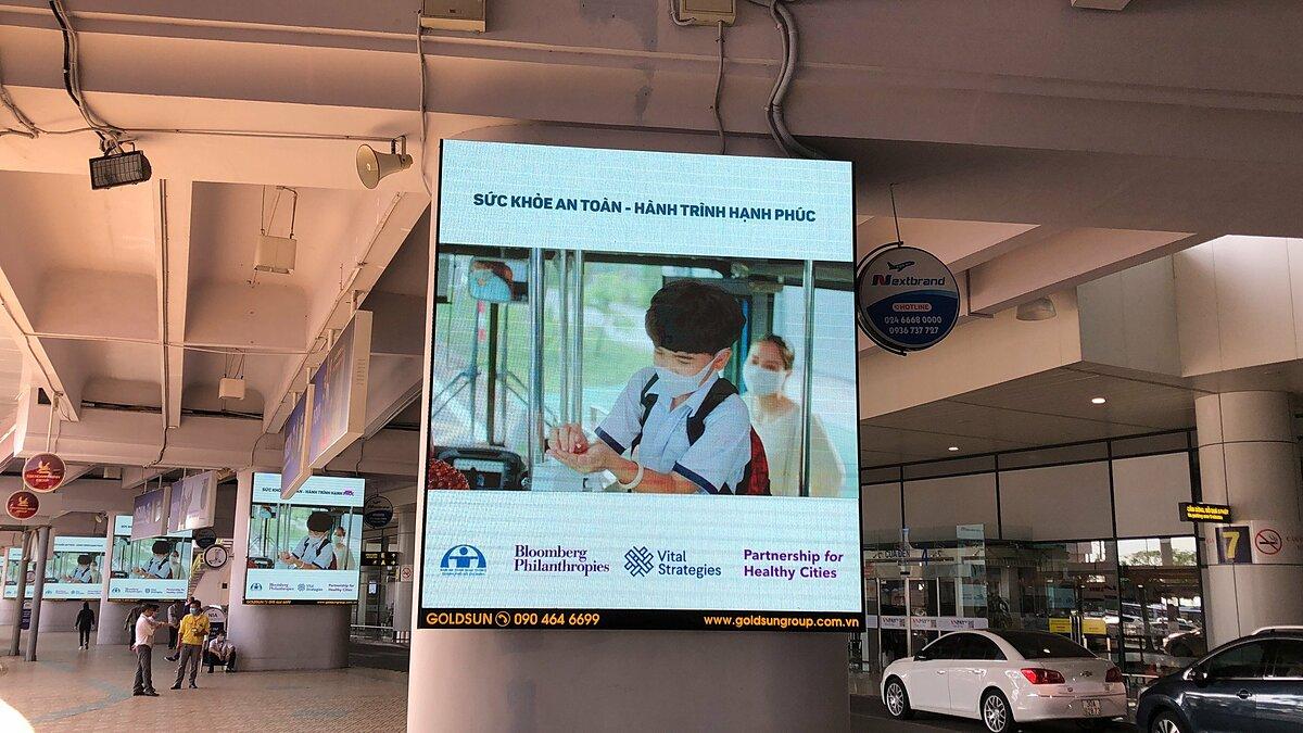 Quảng cáo tại sân bay nhiều cơ hội tiếp cận đa dạng nhóm khách hàng mục tiêu. Ảnh: Goldsun Media.