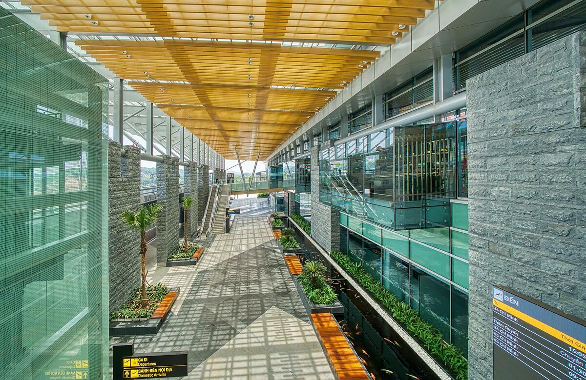 Sân bay Vân Đồn được thiết kế với nhiều mảng xanh thân thiện. Ảnh: Sun Group.