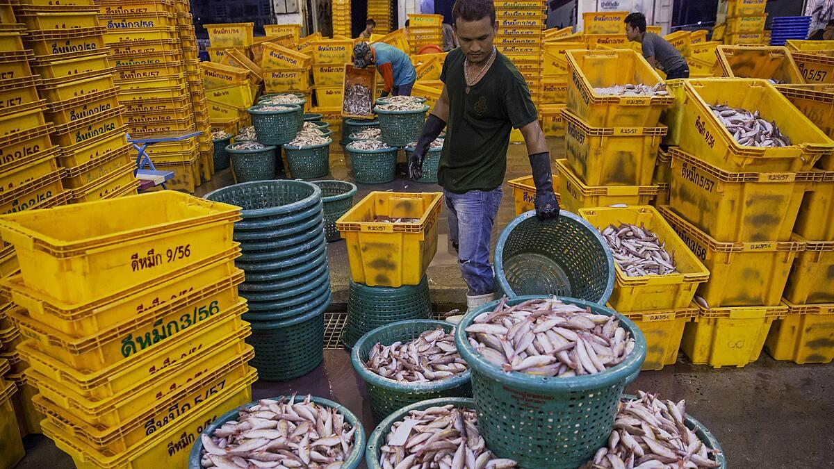 Một chợ hải sản ở Thái Lan. Ảnh: Reuters.